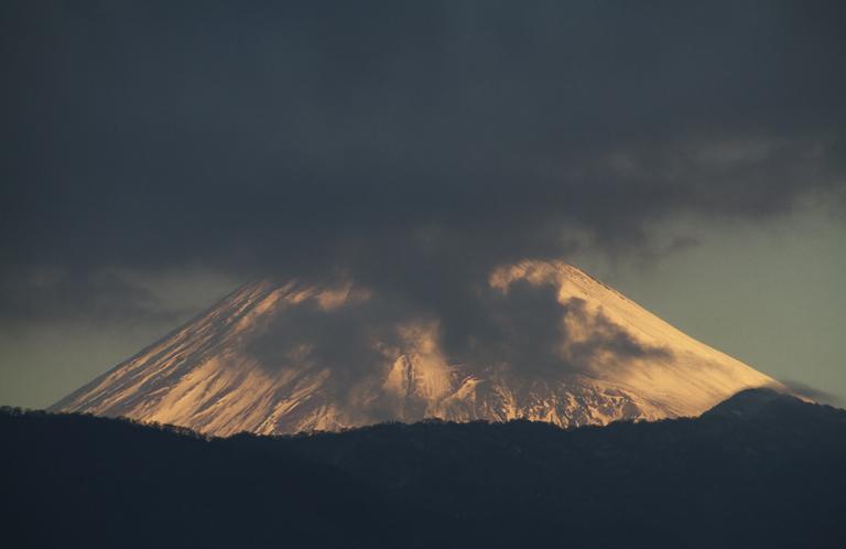 24日 7ー18 今朝の富士山-1