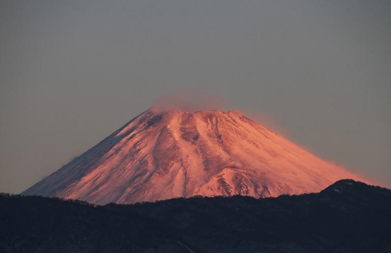 28日 6ー53 今朝の富士山-3
