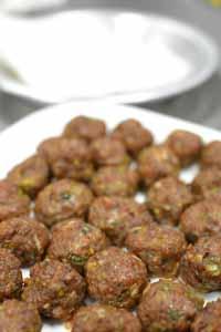 Cooking_Esnic_MeatBallRicePaper.jpg