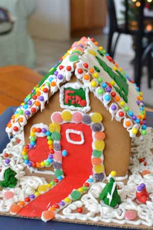 GingerBreadHouse12-1.jpg