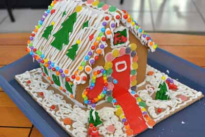 GingerBreadHouse12-5.jpg