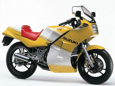 Suzuki RG250 84