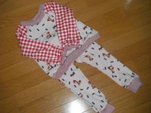 chikiのパジャマ上下
