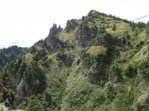148KB (600 x 800) 錫杖中央稜P2右岩壁左ルート6
