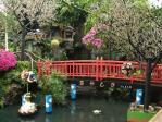 花やしきの橋