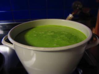 えんどうスープ