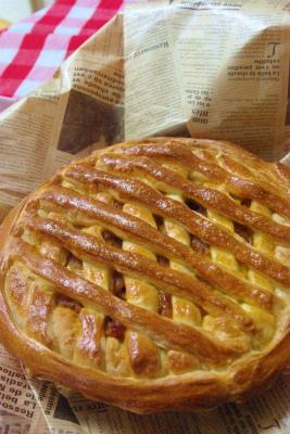 パイ風ミートパン