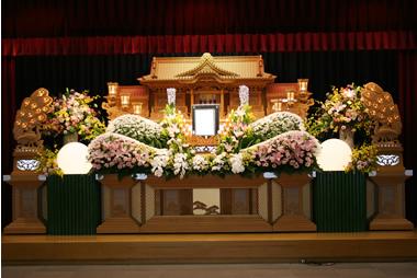 ピンクと黄色の花祭壇0985