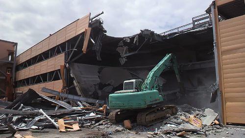 山梨の大型店舗、解体取壊し