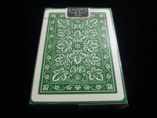 Leaf Back holiday Playing Cards Green (BICYCLE) (2)