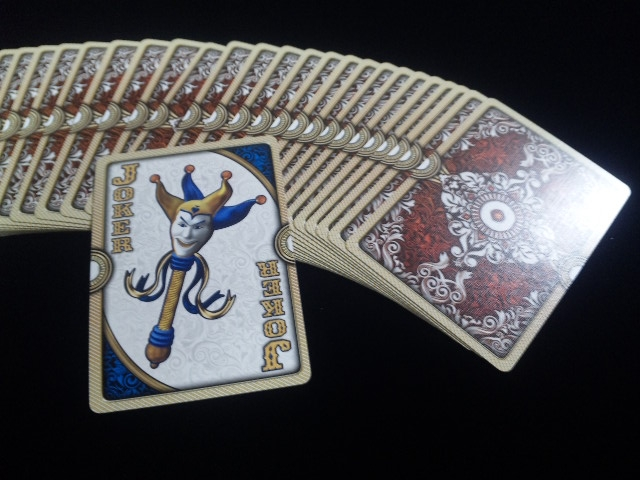 ORNATE White Edition Playing Cards (4)