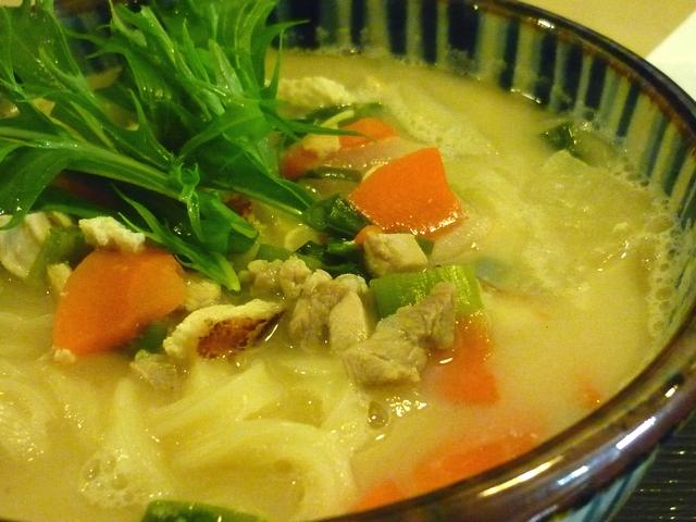 鶏と京野菜の粕汁うどん