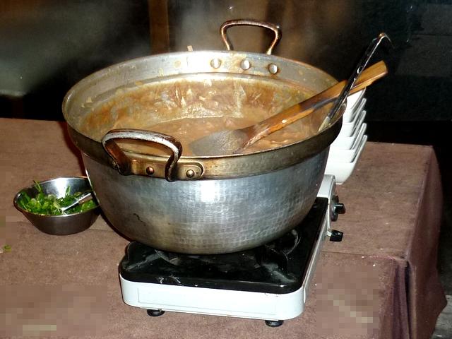 煮込みの鍋