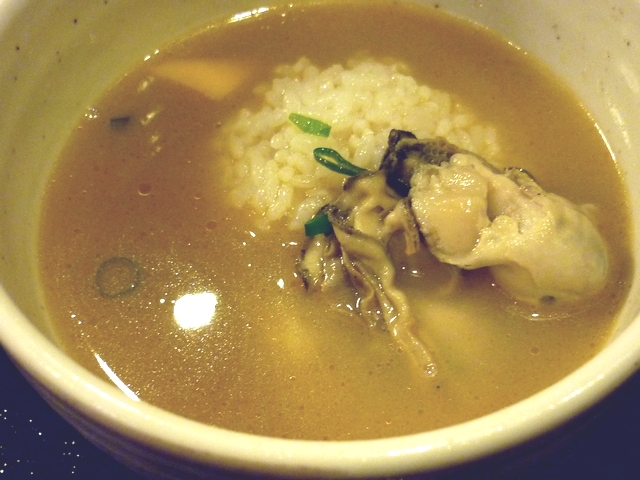 牡蠣塩バターつけ麺の〆雑炊