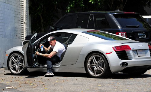 John Cena Shaq Getting In Car