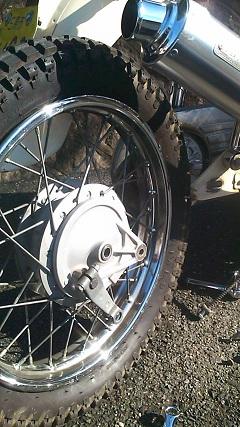 タイヤ挿入