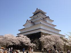 鶴ヶ城。勇壮です!