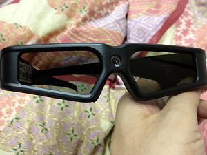 何、このメガネ…?