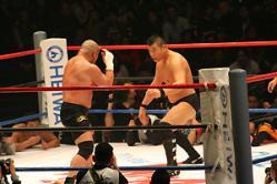 問題の小川vs藤田戦。