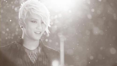 JUNSU_1st_Album_teaser_02_flv_000041083.jpg