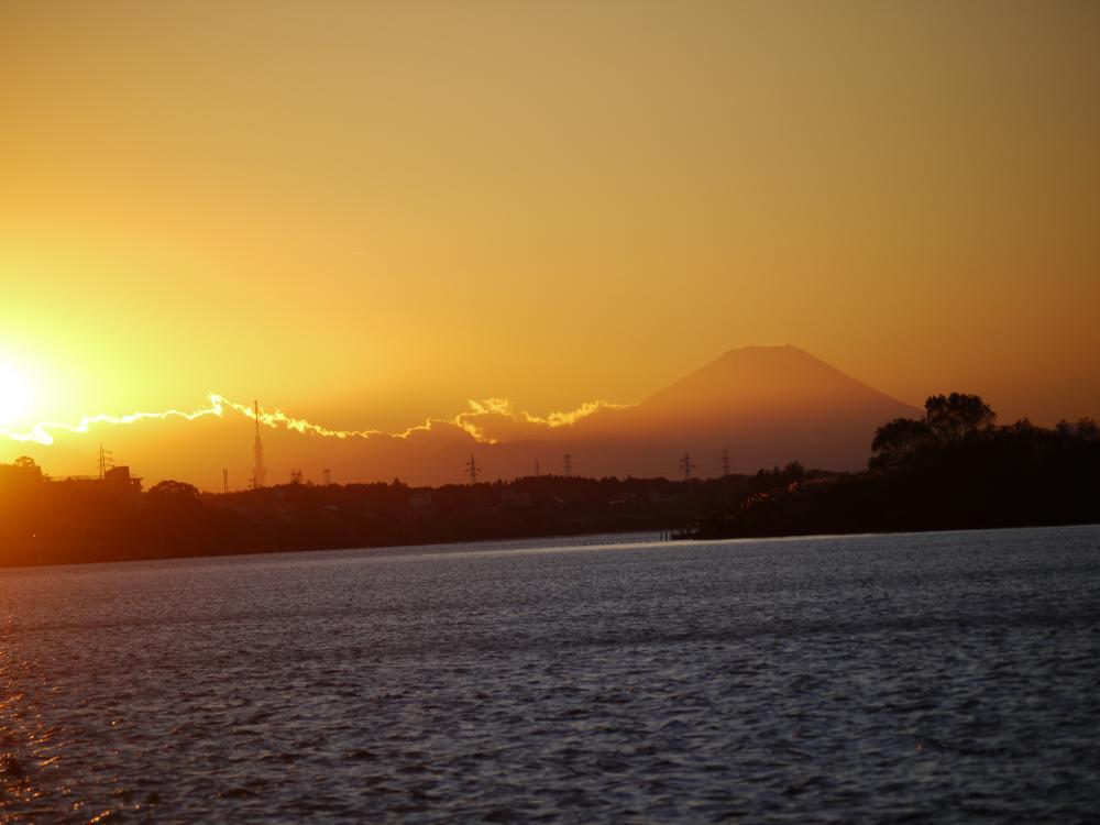 20121128富士山とスカイツリー1