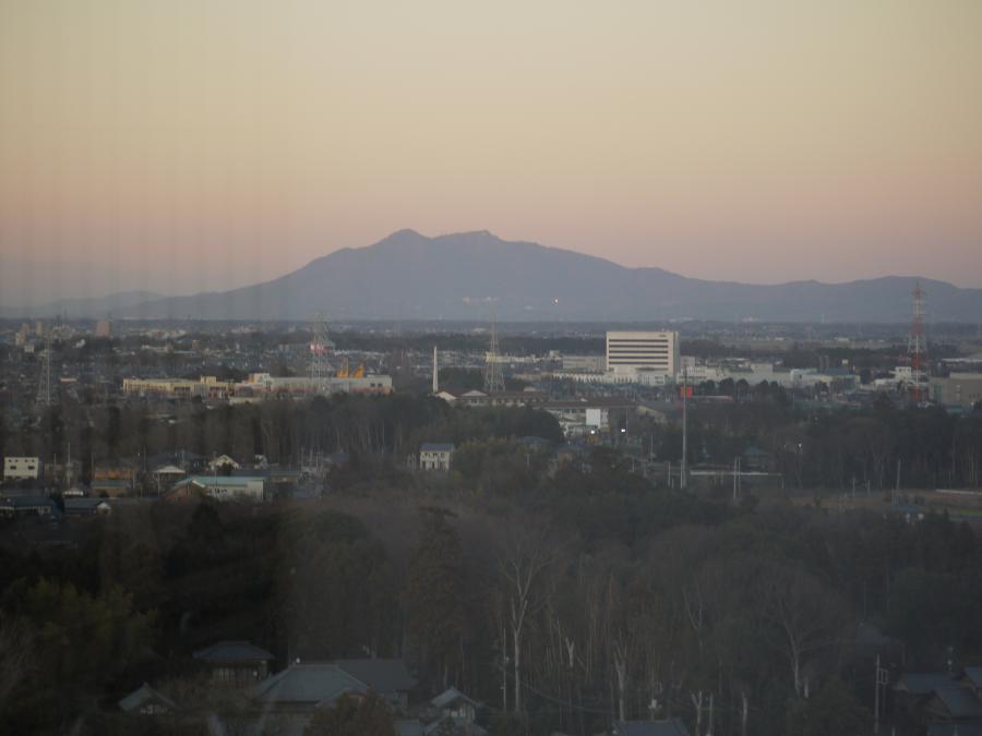 20121226夕暮れの筑波山1
