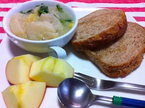 1カブとキャベツの豆乳スープ