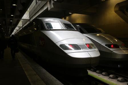 パリ発レンヌ行 TGV