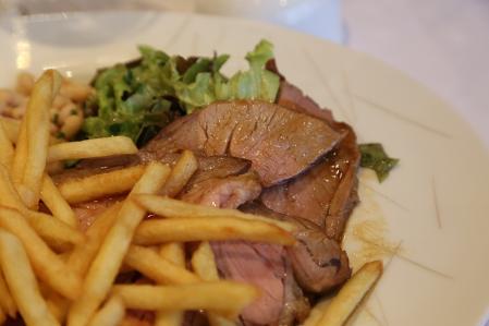 モンサンミッシェル Le Pre Sale プレ・サレ子羊のモモ肉のロースト