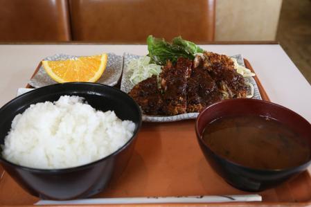 お昼ご飯 味噌カツ@暖