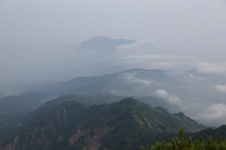 火打山頂上から北側の景色