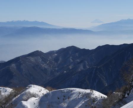 燕岳 絶景の稜線