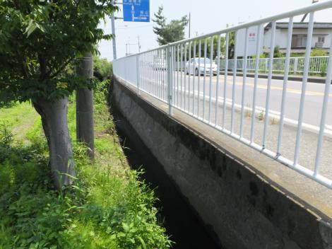 大堀支線用水路・八王子街道沿い