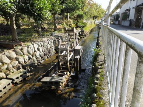 田代取水口から始まる用水路