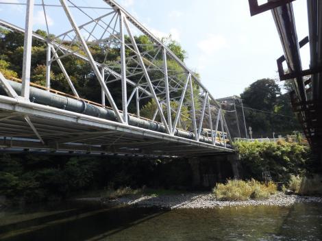 横須賀水道半原系統導水管・愛川町馬渡橋