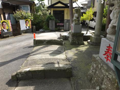 田代取水口から始まる用水路・中津神社前