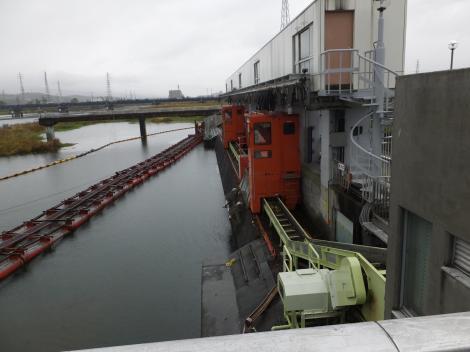 飯泉取水施設・除塵機