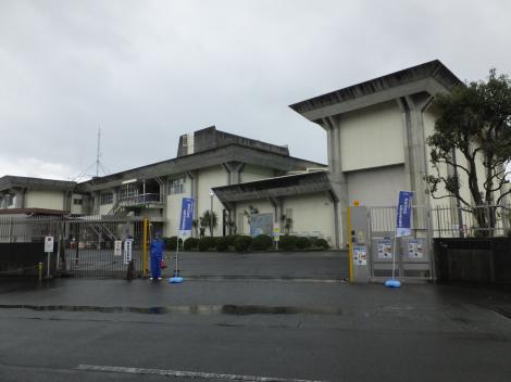 神奈川県内広域水道企業団飯泉取水管理事務所正門