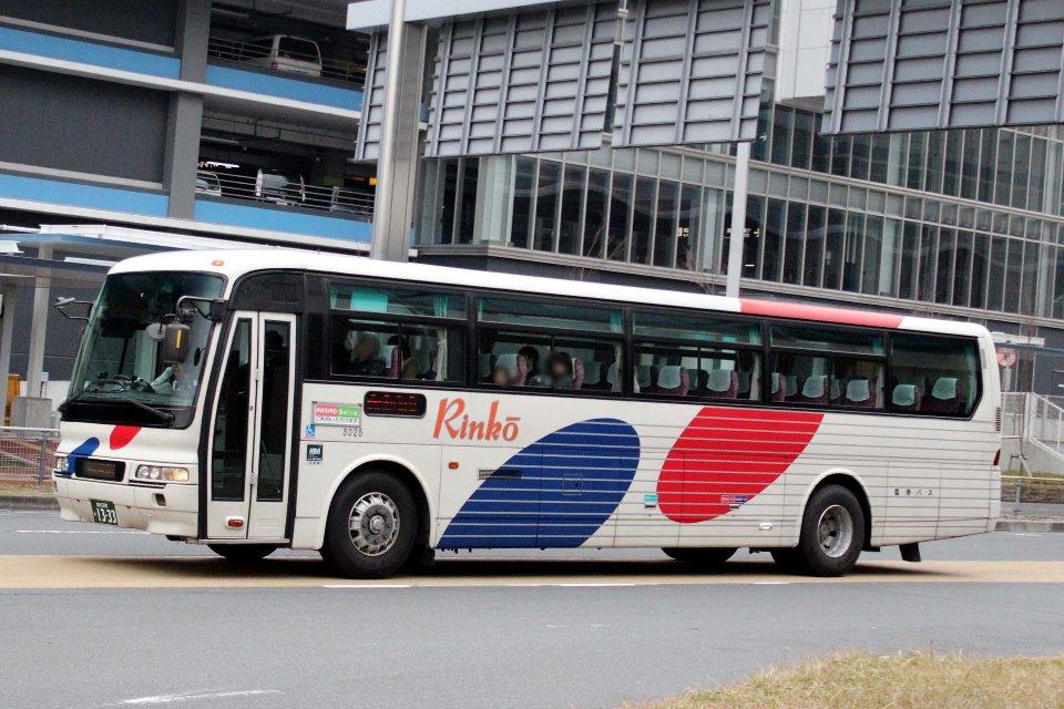 川崎鶴見臨港バス 3025