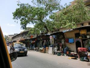 ムンバイ 町中の家々_convert_20120602182843