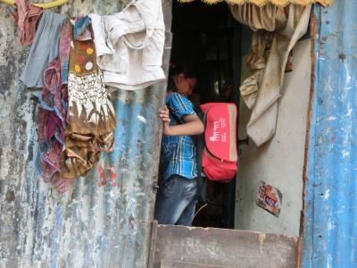 学校から帰って来た子供の家_convert_20120622020344