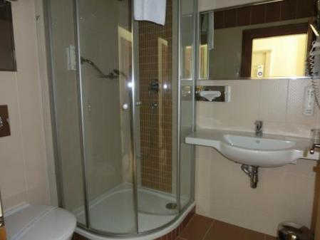 ホテル部屋小バスルーム
