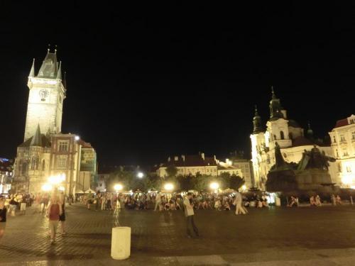 旧市街広場夜景