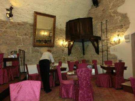 地下レストラン1