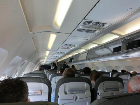 ルフトハンザ飛行機内