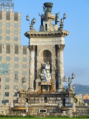 スペイン広場のモニュメント