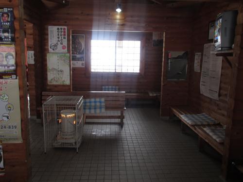 九頭竜湖駅中