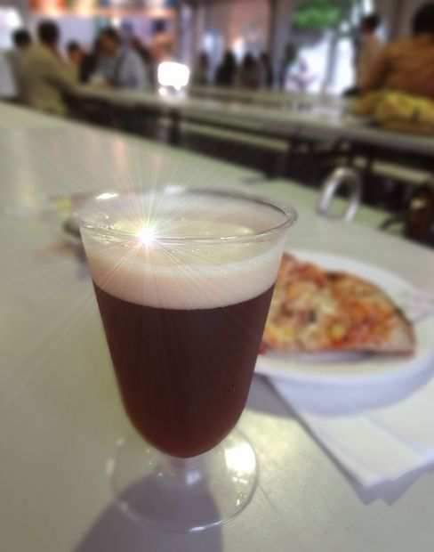 「九州地ビールフェア」(1)イベントオリジナルビールとピザ
