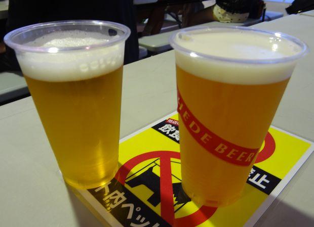 「九州地ビールフェア」(21)(左)ちょんまげビール「ちょんまげビール・ペールエール」、(右)「ニヘデビールソフト(ケルシュ)」