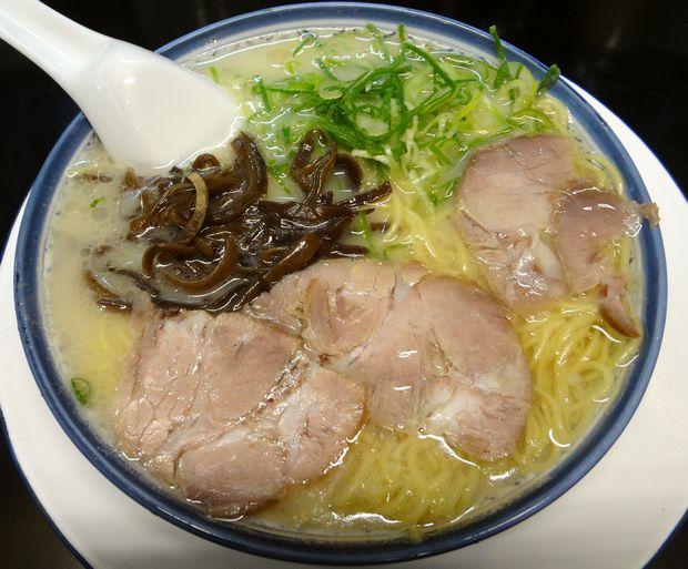 『しばらく 西新店』ラーメン(500円)